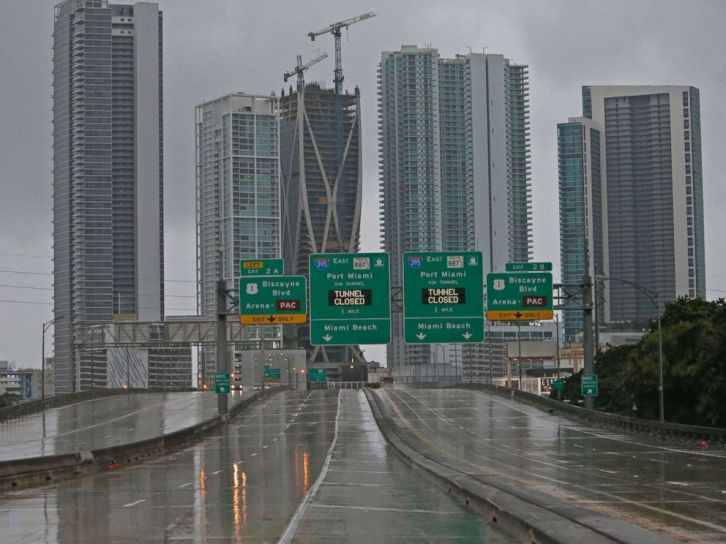 hurricane-irma-florida-interstate-3-ap-jt-170909_4x3_992